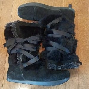 Earth Pike Black Leather & Fur Winter Boot Size 10